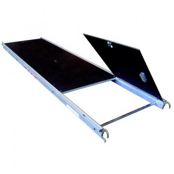 Plancher alu /bois ALTRAD avec trappe 0.67 M *3 M -008007